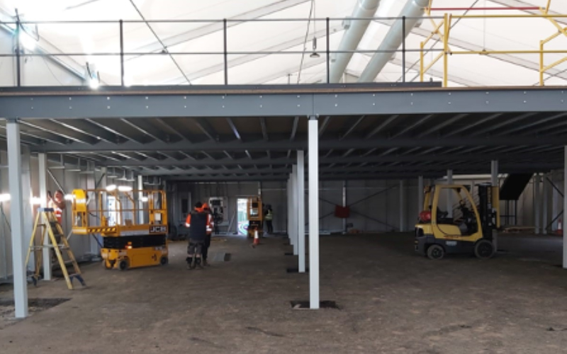 Mezzanine floor for office or warehouse