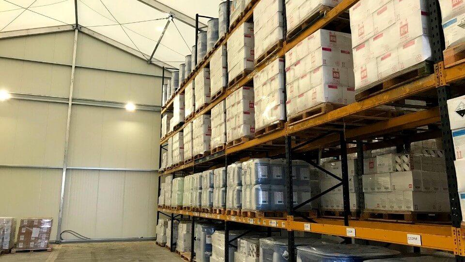 storage in rentable warehouse