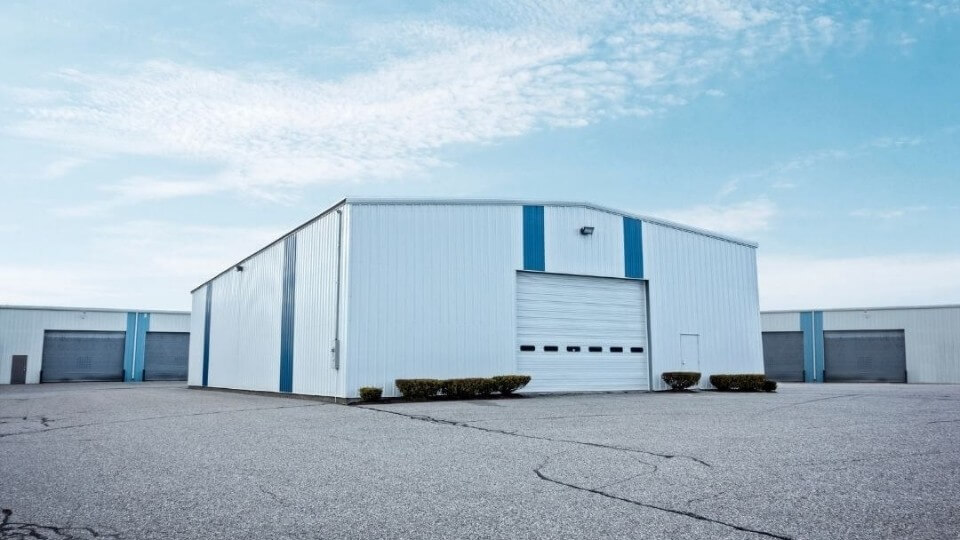 Hot rolled formed warehouse building